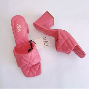 ⚫️ ZARA Sandals Wide Heeled Quilted Pink 2300/810